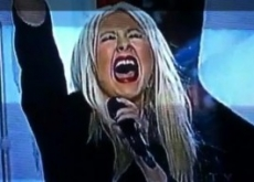 Christina Aguilera Botches National Anthem at Super Bowl XLV – Video