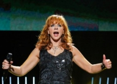 Reba McEntire, The Band Perry & Scotty McCreery Top Favorites at CMA Festival – Videos