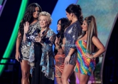 "Exclusive: Cloris Leachman Gets Gay with ""Jersey Shore"" Girls at VMAs"