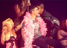 Joe Jonas Gets Bisexual Lap Dance on Britney Spears Tour – Video