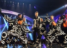 Justin Bieber's Illuminati-Styled EMA Performance – Video