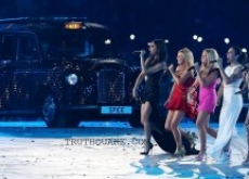 Spice Girls Reunite for Olympics Closing Ceremony &#8211; Video