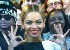 Beyonce&#8217;s Illuminati Satanic Signs at Grammys &#8211; Photos