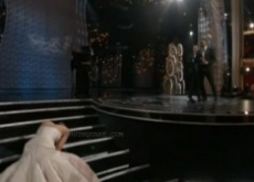 Jennifer Lawrence Falls at Oscars 2013 & Speech – Video