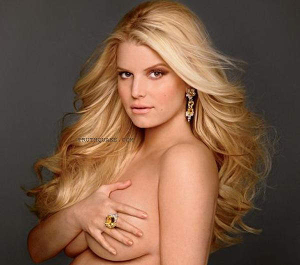 Jessica Simpson has posed pregnant and naked for the current issue of Elle ...